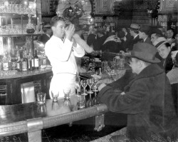 Repeal of Prohibition at the Hotel Brevoort buffet, 1933. Photograph from Chicago Daily News.  Want a copy of this photo?  > Visit our Rights and Reproductions Department and give them this number: ICHi-23960 Connect with the Museum
