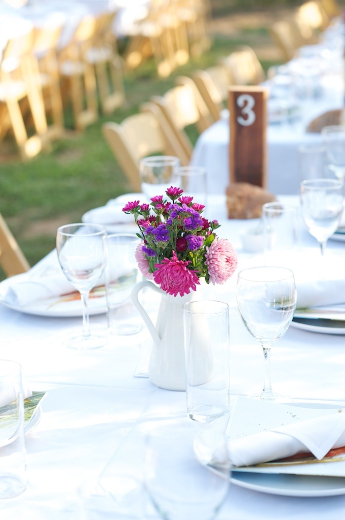 A lovely tablescape at Plate and Pitchfork's summer farm dinner at Smith Berry Barn [More photos HERE]