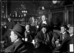 A saloon in Chicago, 1905. Photograph from Chicago Daily News. Want a copy of this photo?> Visit our Rights and Reproductions Department and give them this number: DN-0003265. Connect with the Museum