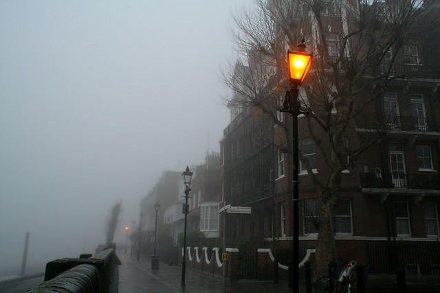2007-12-23-012_1 London Hammersmith Mall Fog by Martin-James on Flickr.