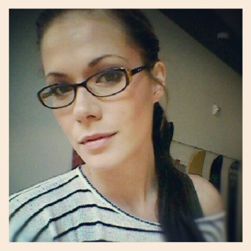 Nerd Girl! #nerdlove #talknerdytome #glasses #5head #tributetonerds  (Taken with Instagram)