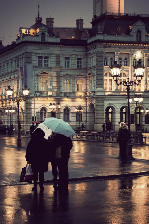 Rainy Night, Paris, France photo via sick
