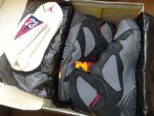 kdvision:  OG Air Jordan VII, Bordeaux with matching socks .