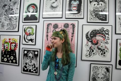 post-war-dream:  Grimes at art show of her work She's really fucking good