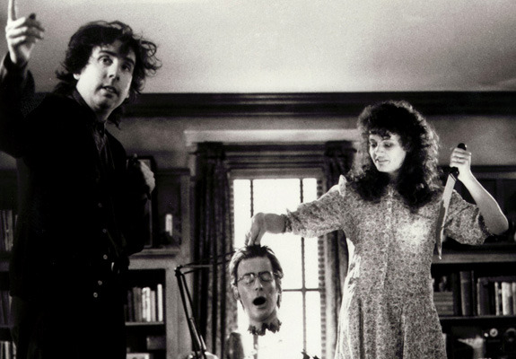 Tim Burton with Geena Davis during the making of Beetlejuice in 1988