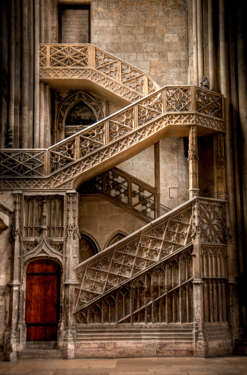 Cathedral Stairs, Rouen, France photo via afine