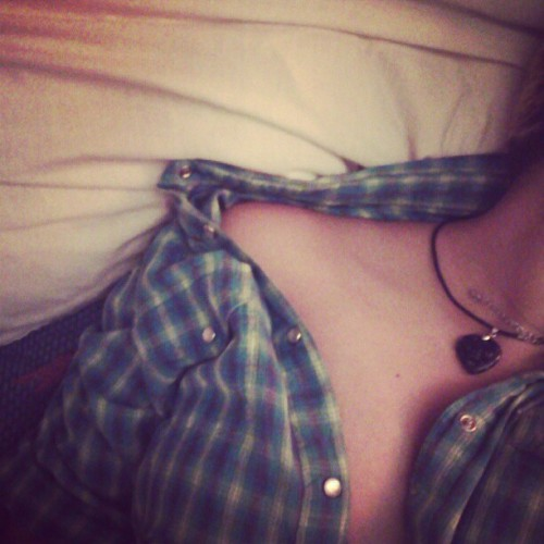 #clavicles #me #self #shoulders #flannel #blue #green #yellow #snowflake #black #heart (Taken with Instagram)