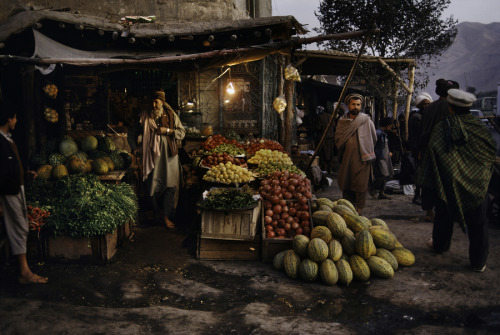 Food For Thought by Steve McCurry
