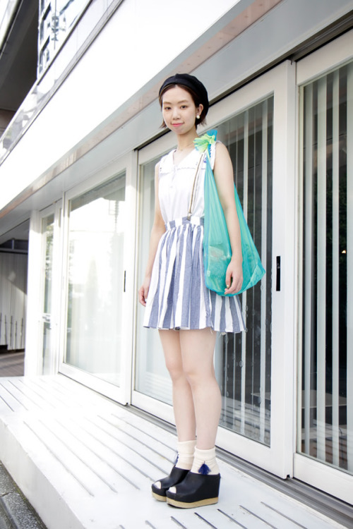 theasianjournal:  Area:Harajuku,Tokyo(原宿,東京)  Name:英香  Occupation:BRIDGE  Tops:古着  Skirt:American Apparel  Socks:BEAMS  Shoes: Jeffrey Campbell