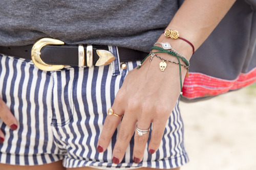 topshop:  Mini bracelets and threaded bangles make for pretty hands.