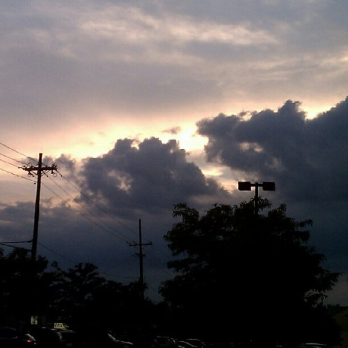 08202012 #GodOfWonders // I'm always #Fascinated by the #Sunset #Sky // #NewJersey #NJ #Home #Clouds #Sun #Light #Beautiful #Nature #BetterInPerson #NoFilter  (Taken with Instagram at Paramus, NJ)