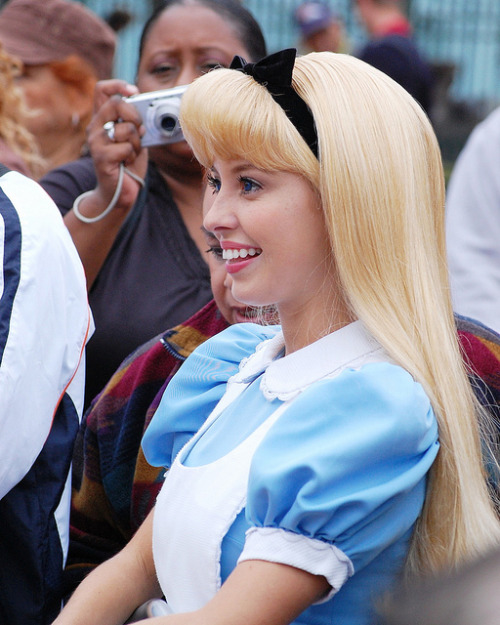 officialdisneyfan:  Alice _9406 by Disney-Grandpa on Flickr.