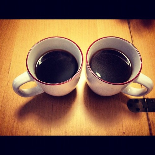 via grimpeurbrosspecialtycoffee:  #MorningCup ~ @GrimpeurBros Greenbelt #SingleOrigin ~ Weds Throwdown: #FrenchPress v. #CleverDripper! Can you tell which cup is Press & which is Clever? Brewing details are: 22g of coffee, 365g of H2O, 205F ~ only the grinds & processes we're different. Which is better? Hmmmmm…They were both tasty but this morning the Press killed it. I used this French Press technique: http://bit.ly/QUmMkM ~ #Coffee #SpecialtyCoffee (Taken with Instagram)  Can you spot the difference? The tell is there… DISCLOSURE #1: I am a Co-Founder and one of the Grimpeur Bros.  DISCLOSURE #2: I REALLY like coffee. #CoffeeIsMyCrack