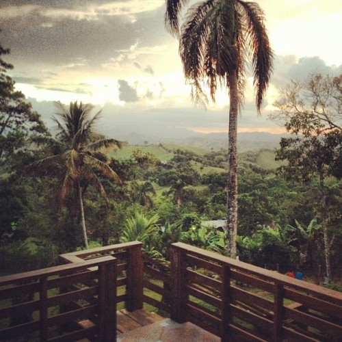 View from @sarylove 's house in J-City! 🌄💚 #mountains #nature #sky #clouds #jarabacoa  (Taken with Instagram)
