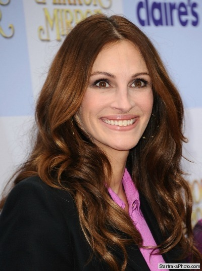 Julia Roberts reveals how to get her million dollar smile!