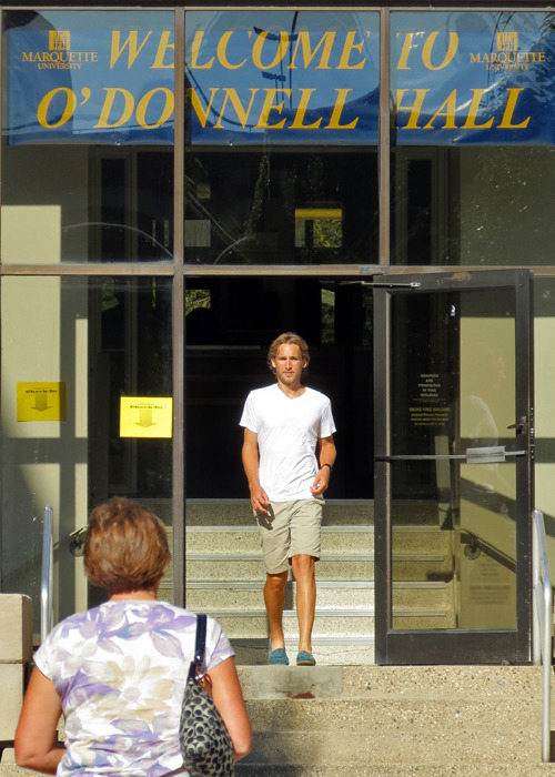 O'Donnell Hall move-in at Marquette University.