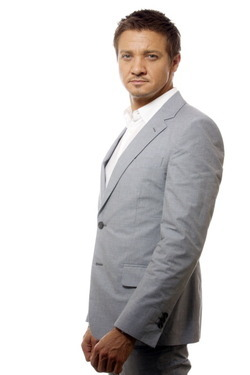 95/100 Pictures from Jeremy Renner