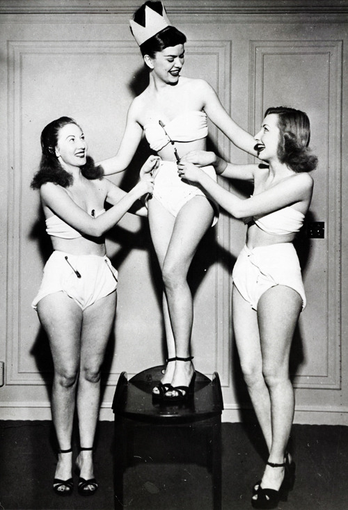 vintagegal:  Betty Barrett diaper queen of the convention for the Diaper Service Institute of America. Chicago, 1947