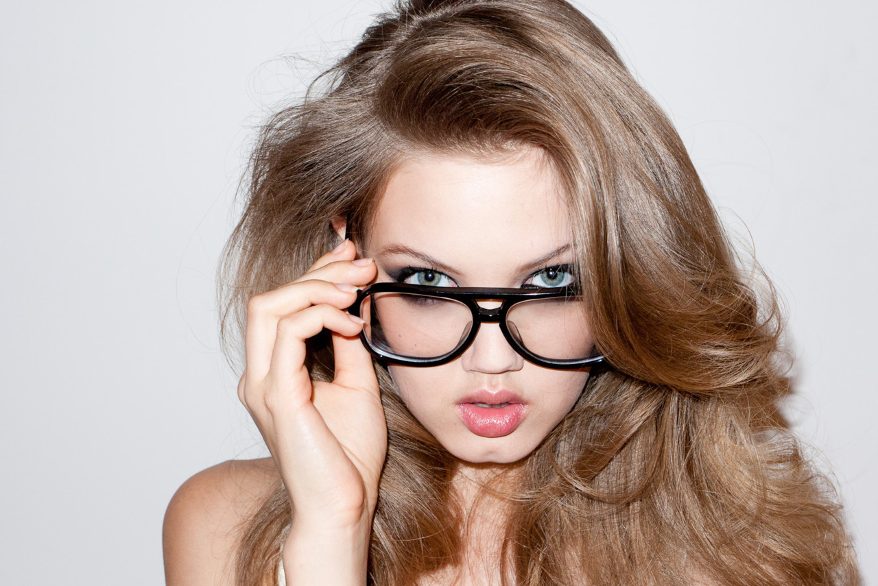 Lindsey Wixon photographed by Terry Richardson