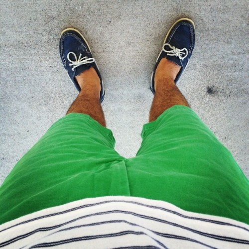Still summering #ootd #wiwt #prep #preppy #lookingdown #menswear #fashion #style #bright #iamwearing #whatiwore #green #simple #summer #summering (Taken with Instagram)
