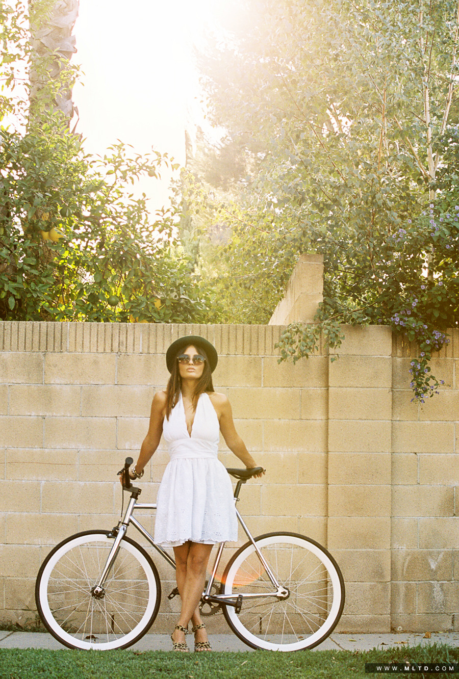 35MM OF SHAY MARIA IN BB DAKOTA (THANK YOU TO RETROSPEC FOR THE BIKE) Photo: Danny Steezy