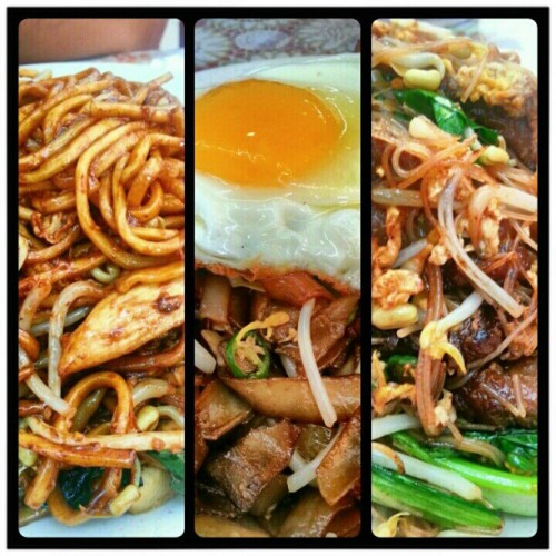 Noodly breakfast. Oh i miss Babu's. #noodles #breakfast #bruneifoodies #lovefoodhatewaste #brunei  (Taken with Instagram at Babu's Kitchen)