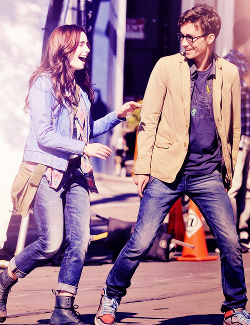 clarissawayland:  Robert Sheehan & Lily Collins filming TMI , August 21, 2012  rober
