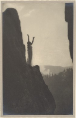 firsttimeuser:  Incantation, 1905 by Anne W. Brigman
