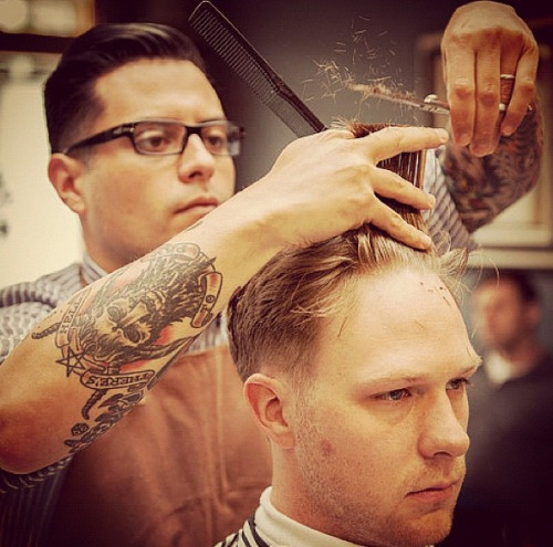 solorfainiel:  classicbarber:  What a great action shot…reblog material, for sure!  Dear god, this is photography porn and just unf.