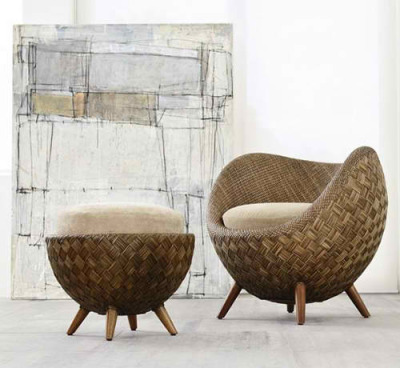 Chair La luna by Kenneth Cobonpue Materials: jute and ratan. Inspiration: the moon Use: indoors and outdoors