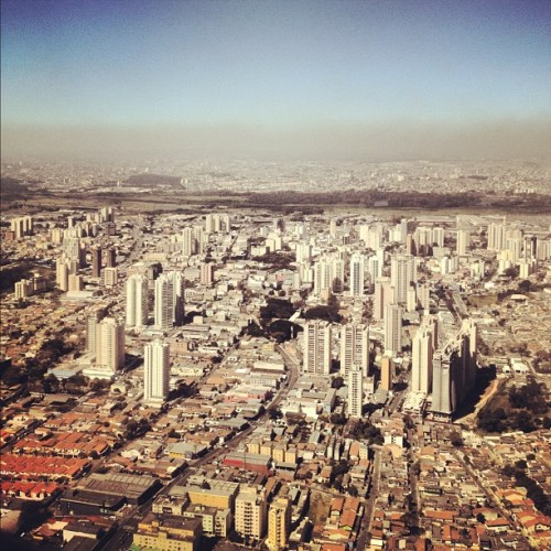 #SaoPaulo from the air #cities #urbanism #landscape #architecture #architexture #archdaily cc: @ArchDailyBR (Taken with Instagram)