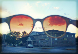 lamenteprofunda:  Taken and Edited by me.Kur's Sunglasses
