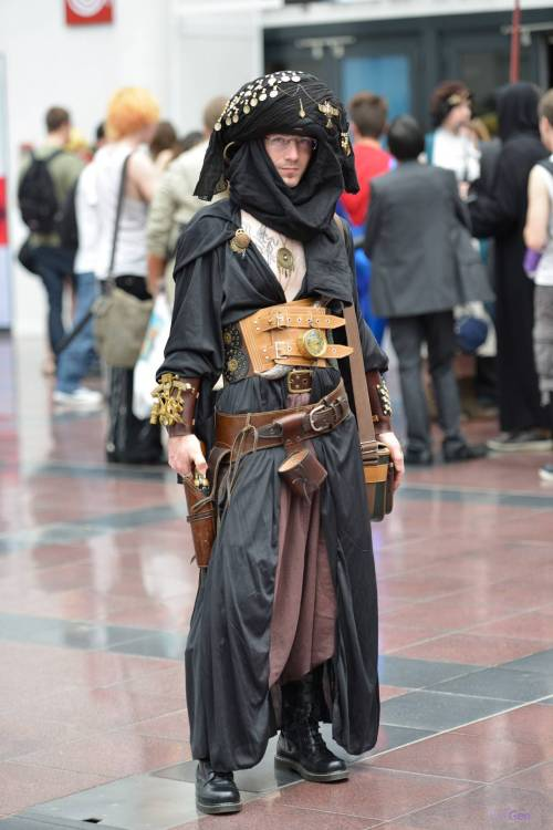via PS3GEN. Steampunk pirate.