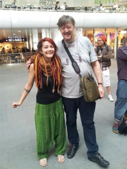 Even Stephen Fry hover hands