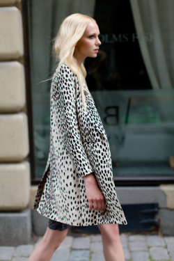 emersonfry:  Wingtip Coat Leopard Linen click to sign up!