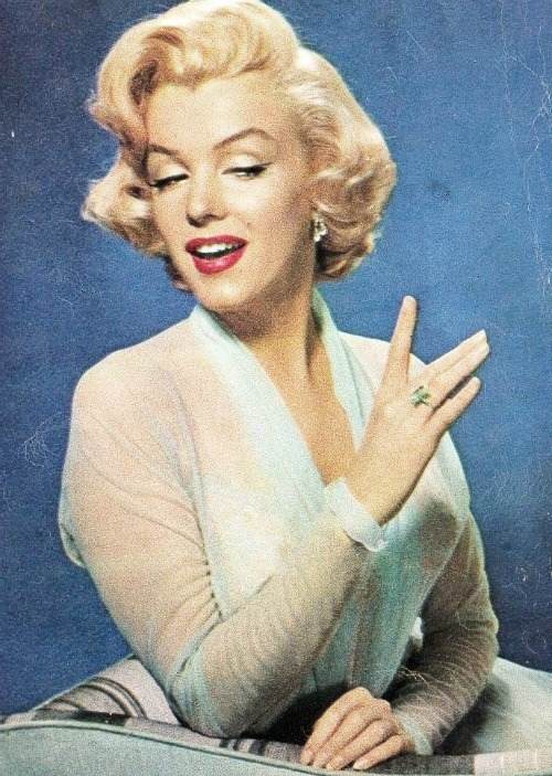 Marilyn by John Florea in 1953.