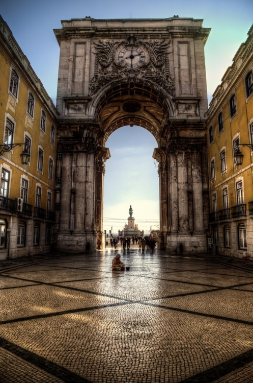 everainsplanet:  pack-up—lets-fly-away:  Lisbon, Portugal