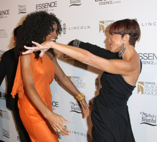 KELLY ROWLAND and SYLVIA RHONE #sheiseverywoman