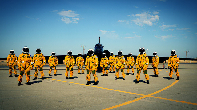 mrcainessuits:  (via A Photo of the Most Elite Pilots on Earth Looking Incredibly Badass)  sick.