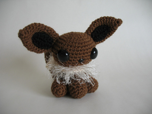 gamingurumi:  Amigurumi Eevee by djonesgirlz on Flickr.