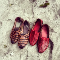 zuluguru:  Travel Etiquette : Beach life 002 - Huarache shoes #Africa #EquatorialGuinea (Taken with Instagram)