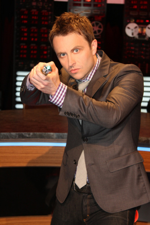bbcamerica:  The Nerdist's Chris Hardwick to host Doctor Who screening in NY. The Q&A video will be posted on Nerdist YouTube Channel after the season premiere on BBC AMERICA.