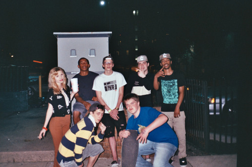 group shot out back of the blockley w/ a cameo from Grande Marshall whos mixtape 800 jus dropped. DL dat.