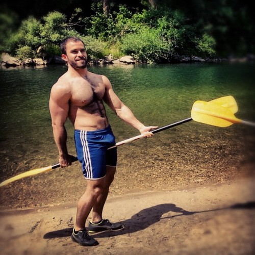 writerbear:  Wow. He can paddle his kayak into my dock any day.