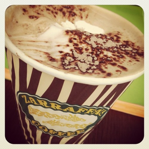 Best hot chocolate in the world! #zerraffascoffee #friday #sensational! (Taken with Instagram at zerraffas coffee westfield helensvale)