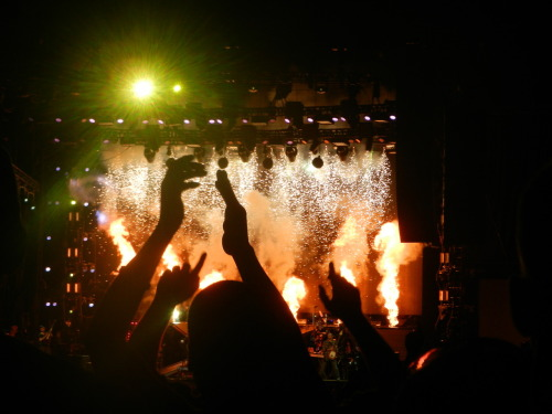 The flames of Linkin Park. (Alpharetta, Georgia, August 19, 2012)