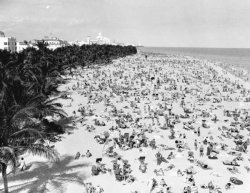 Spend the day at Lummus Park, 1940.