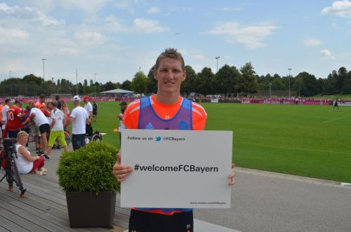 gitahatesiblah:  Go follow FC Bayern Munchen on twitter! @FCBayern, now! ☺