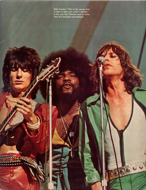 astralfox:  Ronnie Wood, Billy Preston and Mick Jagger Photo: Richard Kwasniewski(Circus Raves, September, 1975)