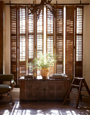 dyingofcute:  marvellous Cummings' house, with 10-foot tall french shutters that slide open and close like curtains.